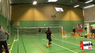 Marans. Badminton : Trois vainqueurs marandais au Championnat départemental vétéran 17