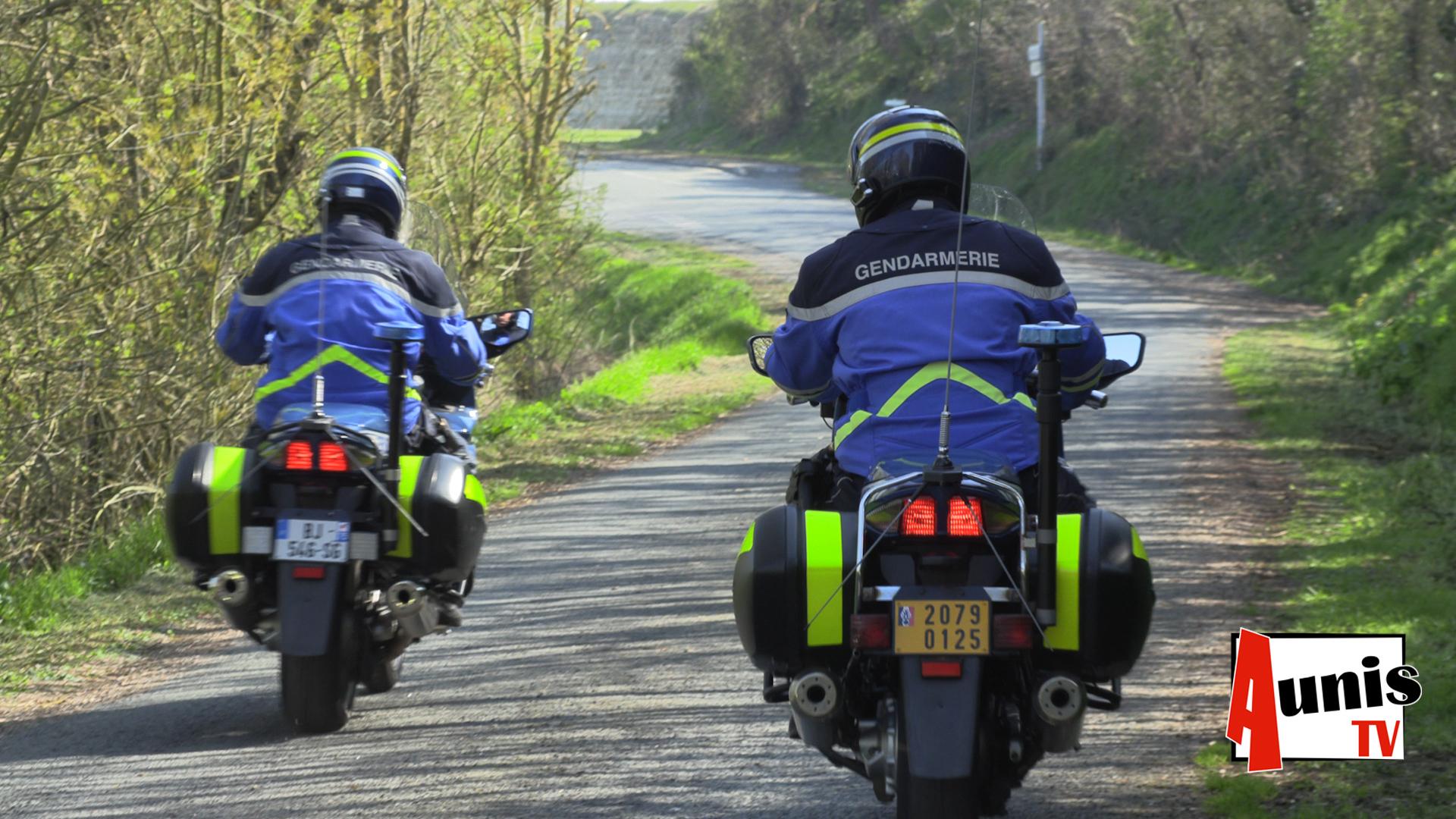 Gendarme contrôle routier Villedoux route