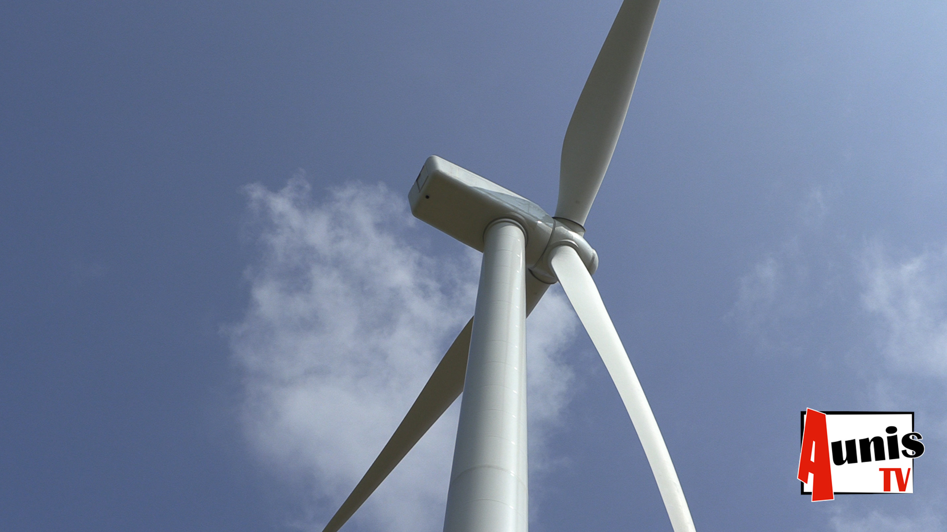 Forges. Un projet contesté de huit éoliennes divise le village