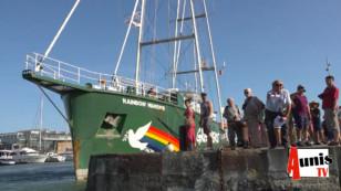 Visite du Rainbow Warrior 3 de Greenpeace à La Rochelle avec son capitaine Pep BARDAL