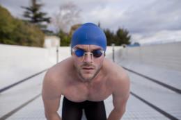"""Surgères : un ancien nageur pro se raconte en """"Cent mètres Papillon"""""""
