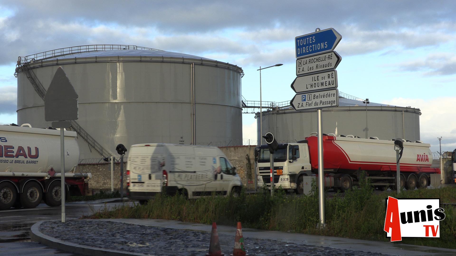 Dépôt carburant La Rochelle bloqués