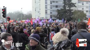 AUNISTV Le Brut : La Rochelle. Full vidéo de la manifestation contre la réforme des retraites du 5 décembre 2019