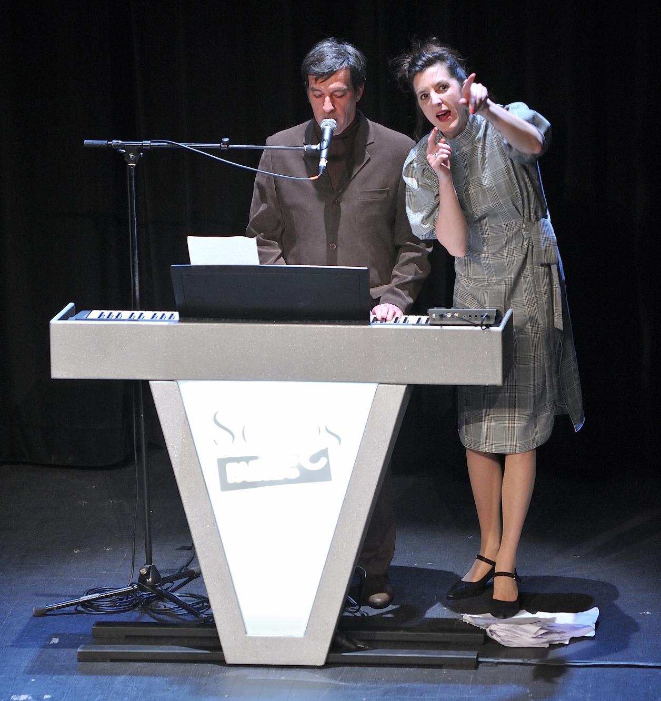 Deux experts de la chanson françaises et internationales.