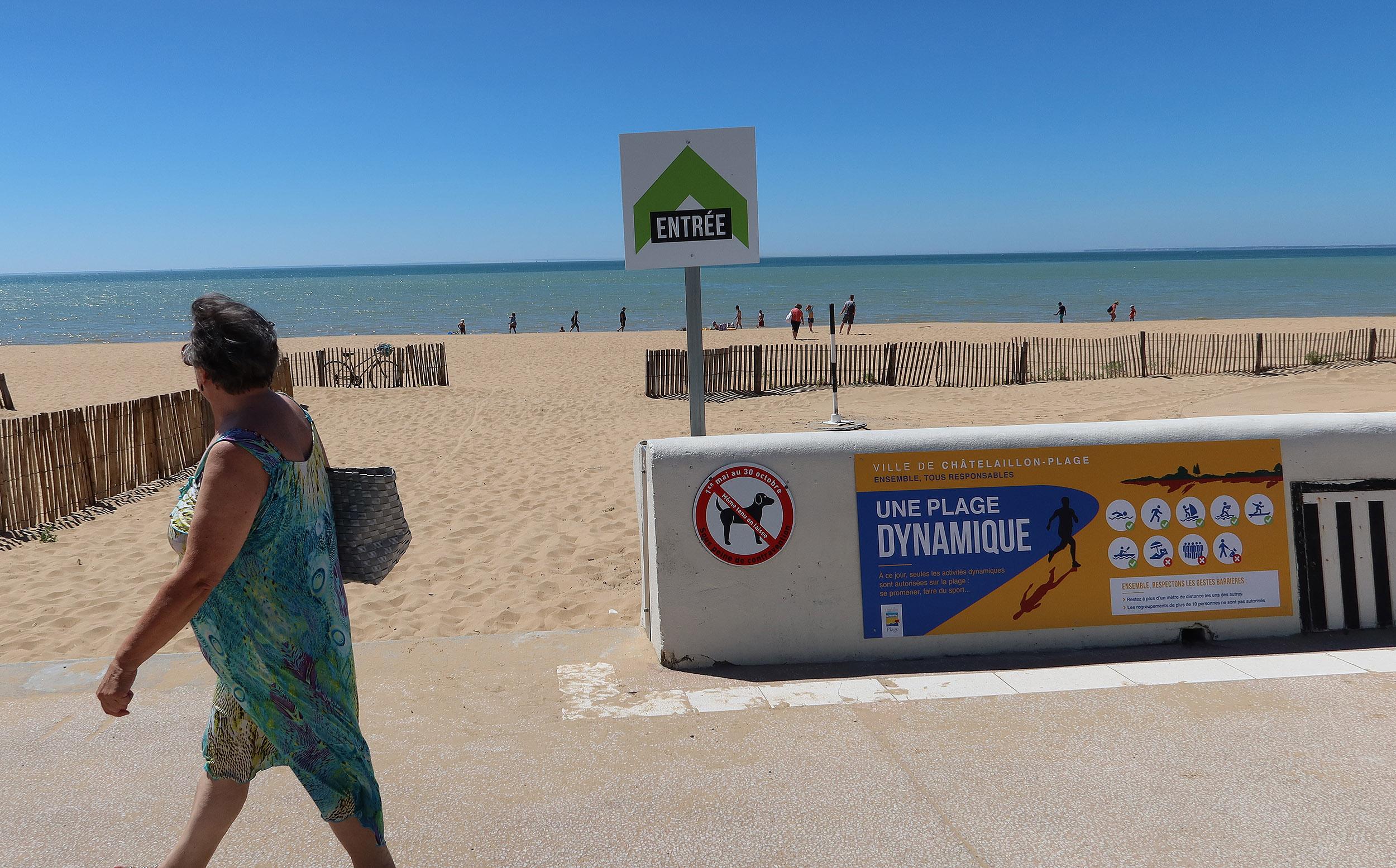 Des entrées et des sorties obligatoires sur la plage de Châtelaillon.