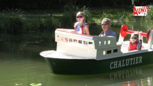 Vacances : essayez les bateaux électriques miniatures du lac de Frace à Aigrefeuille d'Aunis