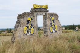 Courçon : l'Espace mosaïque fête le passage du Tour de France