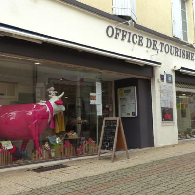La boutique de l'office de tourisme Aunis Marais poitevin à Surgères. (© Ludovic Sarrazin)