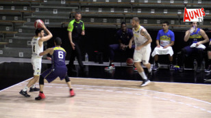 Basket NM1 : le Stade rochelais Rupella s'impose face à l'Etoile Angers Basket 82 – 70