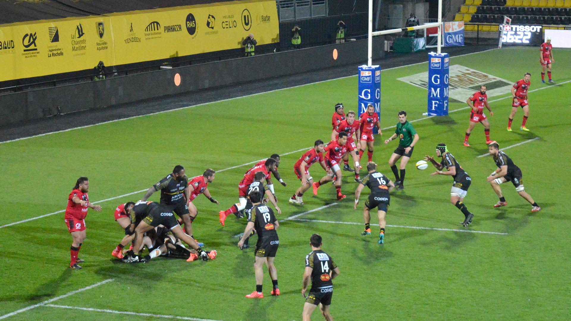 Le Stade Rochelais contre le LOU un match qui voit les rochelais l'emporter. ©Corentin Cousin