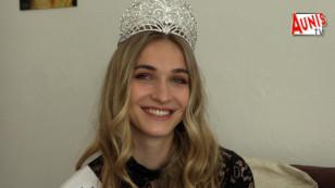Marans : Miss Excellence Poitou-Charentes 2020 en visite pour les 3 ans du Studio Bourgoin