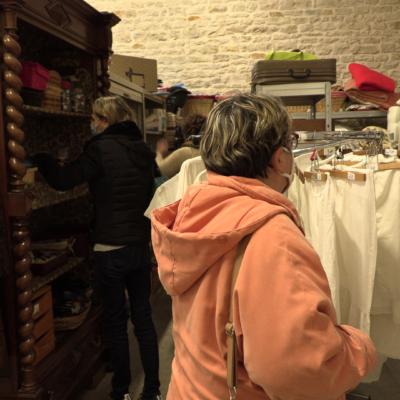 Secours catholique braderie boutique Marans ©Ludovic Sarrazin