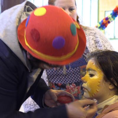 Des maquillages sont proposés aux enfants Benon ©Ludovic Sarrazin