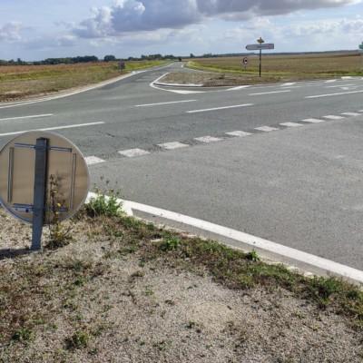 Le carrefour entre Andilly et Longèves sur la D137. Ludovic Sarrazin