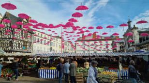 Marans, Surgères, La Rochelle, Rochefort…, les villes se mobilisent pour Octobre Rose