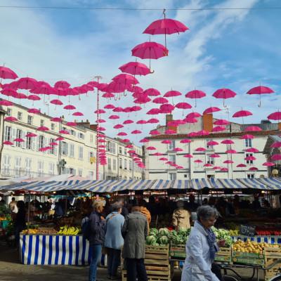 Octobre rose La Rochelle place du Marché ©Corentin Cousin